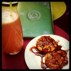 Photo taken at Bohemia Tea House by Denisa Andreea B. on 10/13/2012