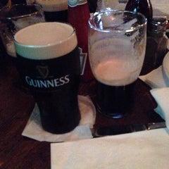 Photo taken at O'Brien's Irish Pub & Restaurant by Che C. on 7/29/2013
