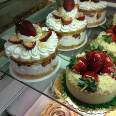 Photo taken at Carlo's Bake Shop by Derrick F. on 1/3/2013