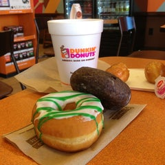 Photo taken at Dunkin' Donuts by Andrew P. on 3/16/2013