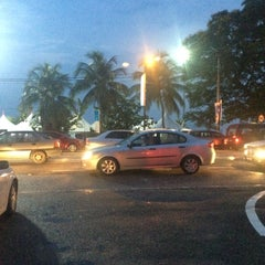 Photo taken at Pasar Malam Port Dickson by Arif R. on 6/6/2015