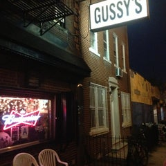 Photo taken at Gussy's by Ivan D. on 8/17/2013