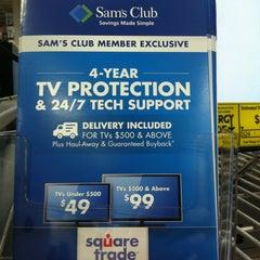 Photo taken at Sam's Club by Ashley E. on 11/15/2013
