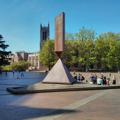 Photo taken at University of Washington by Samson N. on 6/6/2013