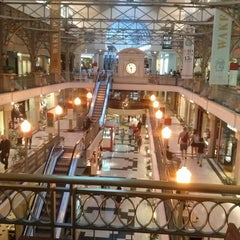 Photo taken at Patio Bullrich by Santiago G. on 3/30/2013