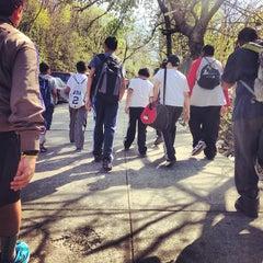 Das Foto wurde bei George Washington High School von Kenneth T. am 4/27/2013 aufgenommen