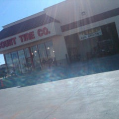 Photo taken at Discount Tire® Store by Randy D. on 1/18/2012