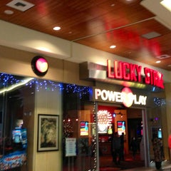 Photo taken at Power Play Bellevue by Kerry M. on 1/1/2013