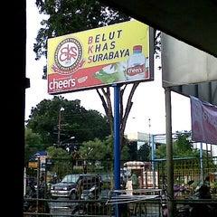 Photo taken at Spesial Belut Surabaya H. Poer by Wira N. on 6/21/2013