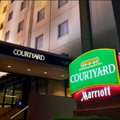 Photo taken at Courtyard by Marriott by Andre H. on 9/5/2014