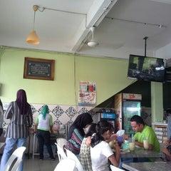 Photo taken at Ket's Kitchen by Zahrain M. on 7/6/2013