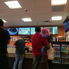 Photo taken at Dunkin Donuts by Diego F. on 1/26/2014