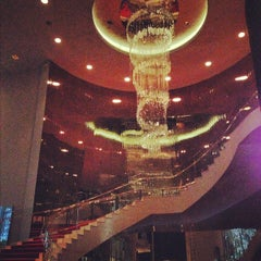 Photo taken at Living Room Bar by Tarah F. on 10/17/2012