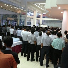 Photo taken at PT Tunas Ridean Tbk, Head Office by Desvriany on 10/1/2012