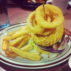 Photo taken at Denny's by Jemuel D. on 11/21/2012