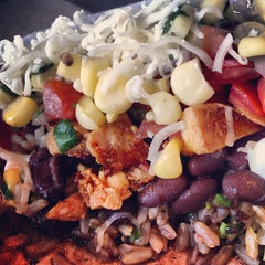 Photo taken at Chipotle Mexican Grill by Fatgirl H. on 5/16/2013