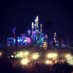 Photo taken at 東京ディズニーシー (Tokyo DisneySea) by tinkerbell a. on 3/18/2013