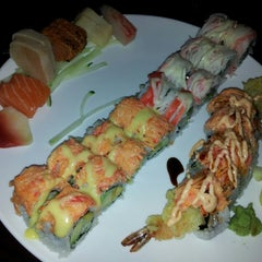 Photo taken at Sushi X: All You Can Eat Sushi by Crystal S. on 3/8/2013