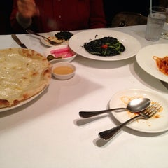 Photo taken at Parmi Italiano by 수연 박. on 3/29/2014