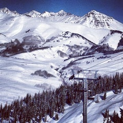 Photo taken at Crested Butte Mountain Resort by Dan S. on 1/3/2013