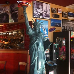 Photo taken at Red Robin Gourmet Burgers by mc s. on 10/29/2012