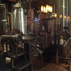Photo taken at Gordon Biersch Brewery Restaurant by J. B. on 1/20/2013