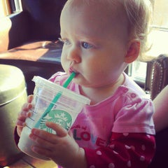 Photo taken at Starbucks by Morgan E. on 11/20/2012