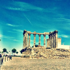 Photo taken at Templo de Diana by Ana F. on 10/7/2012