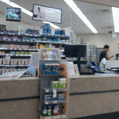 Photo taken at Walgreens by Ramon V. on 10/13/2012