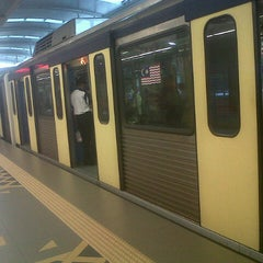 Photo taken at RapidKL Hang Tuah (ST3) LRT Station by Faizar A. on 9/20/2012