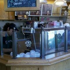 Photo taken at The Coffee Bean & Tea Leaf® by Weston R. on 10/23/2011