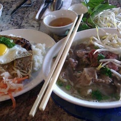 Photo taken at Pho Hung Vietnamese Restaurant by Tim N. on 1/14/2012