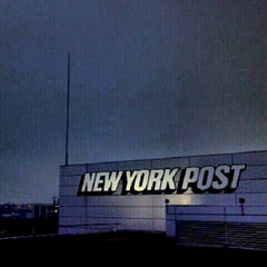 Photo taken at NewYorkPost/DowJones by Mario L. on 8/11/2012