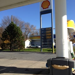 Photo taken at Shell by Tracey H. on 11/14/2012