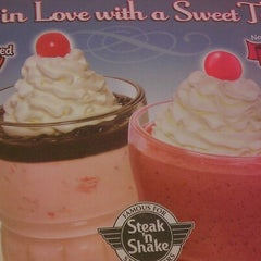 Photo taken at Steak 'n Shake by Andrew A. on 1/19/2013