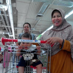 Photo taken at Carrefour by Inday L. on 12/17/2013