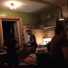 Photo taken at L'affaire est Ketchup by Neville L. on 10/30/2014