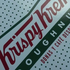 Photo taken at Krispy Kreme by Eliu R. on 6/6/2014