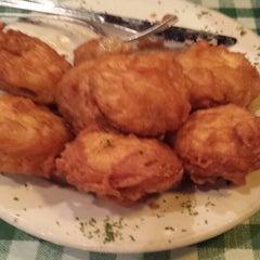 Photo taken at Cloverleaf Bar & Restaurant by Synergy B. on 2/22/2014