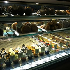Photo taken at Baby Cakes Artisan Bakery by Oh Sherry on 11/8/2012