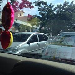 Photo taken at Jalan Soekarno Hatta by Twisty R. on 2/4/2014