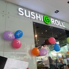 Photo taken at Sushi Roll by Giuliano P. on 5/1/2013