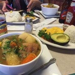 Photo taken at La Antioqueña Restaurante by Ingrid G. on 12/21/2014