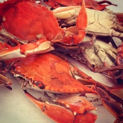 Photo taken at Hanover Crab Feast by Stephen T. on 8/16/2014