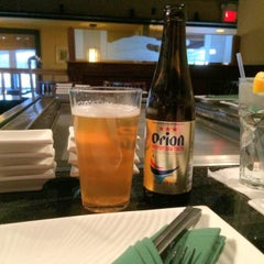 Photo taken at Hana Japanese Steakhouse and Sushi Bar by Shane B. on 5/12/2014