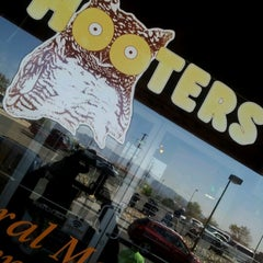 Photo taken at Hooters by JOANNA V. on 9/15/2012