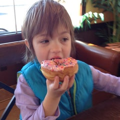 Photo taken at Dunkin' Donuts by Ambra H. on 3/15/2013