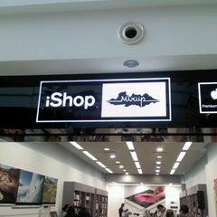 Photo taken at iShop by Erick I. L. on 10/26/2012