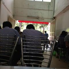 Photo taken at Bún Chả Hồ Gươm - Điện Biên Phủ by Hà Vũ .. on 2/21/2013