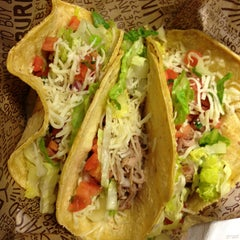 Photo taken at Chipotle Mexican Grill by Dave P. on 4/7/2013